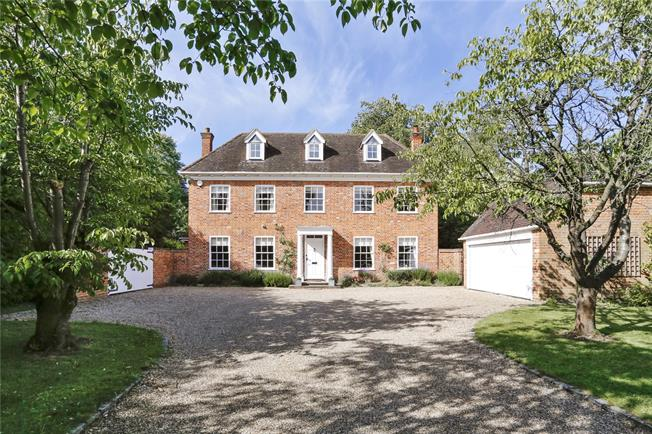 Guide Price £1,850,000, 6 Bedroom Detached House For Sale in Bourne End, SL8