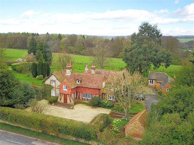 Guide Price £1,795,000, 5 Bedroom Detached House For Sale in Ibstone, HP14