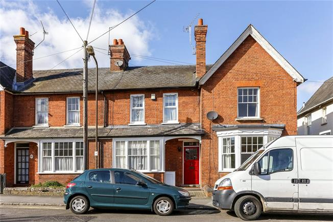 Guide Price £569,995, 3 Bedroom Terraced House For Sale in Marlow, SL7