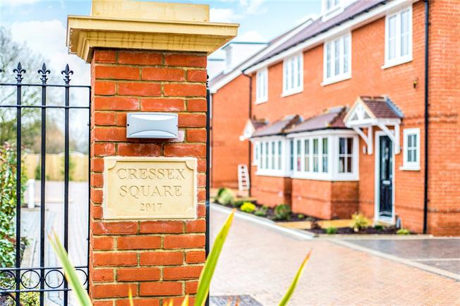 Asking Price £520,000, 4 Bedroom Semi Detached House For Sale in Buckinghamshire, HP12