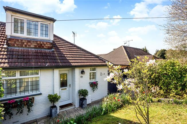 Guide Price £595,000, 3 Bedroom Semi Detached House For Sale in Marlow, SL7