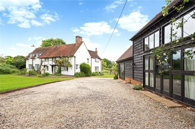 Guide Price £1,795,000, 6 Bedroom Detached House For Sale in Ibstone, HP14