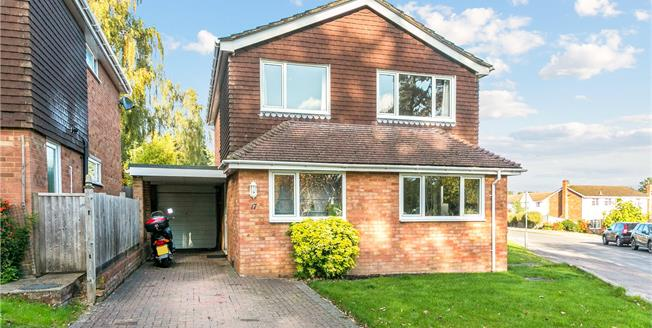 Guide Price £799,950, 4 Bedroom Detached House For Sale in Marlow, SL7