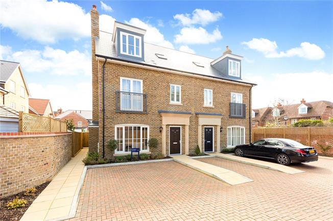 Guide Price £1,499,000, 4 Bedroom Semi Detached House For Sale in Buckinghamshire, SL7