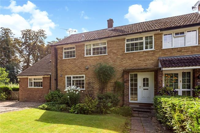Asking Price £850,000, 4 Bedroom Semi Detached House For Sale in Little Marlow, Buckingham, SL7