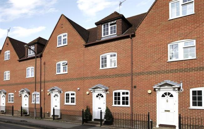 Offers in excess of £600,000, 3 Bedroom Terraced House For Sale in Marlow, SL7