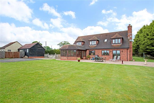Guide Price £1,100,000, 5 Bedroom Detached House For Sale in Berkshire, RG18