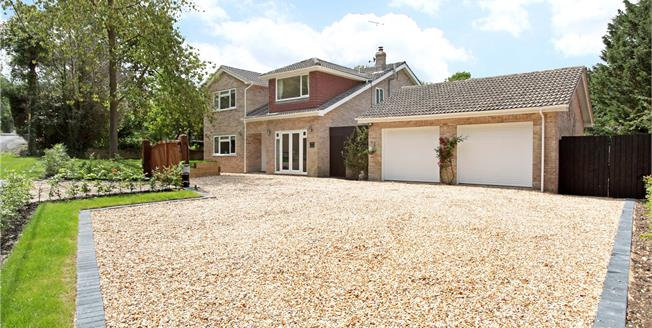 Guide Price £790,000, 5 Bedroom Detached House For Sale in Burghclere, RG20