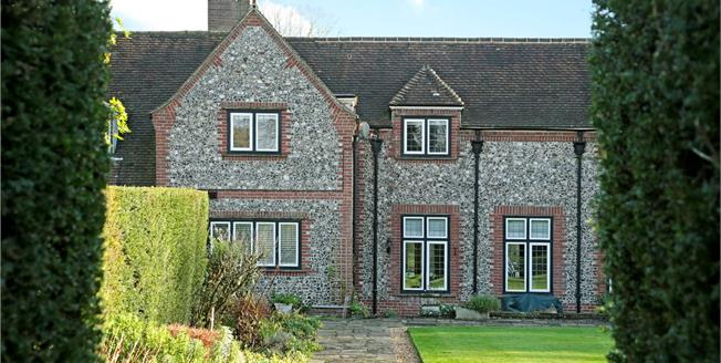 Guide Price £825,000, 4 Bedroom Detached House For Sale in Woodlands St. Mary, RG17