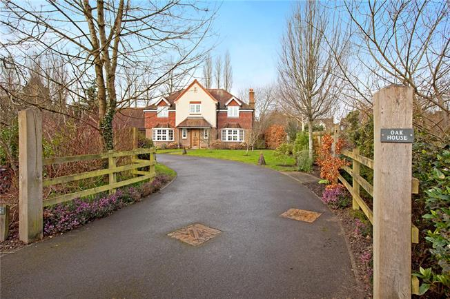 Offers in excess of £699,995, 4 Bedroom Detached House For Sale in Kingsclere, RG20