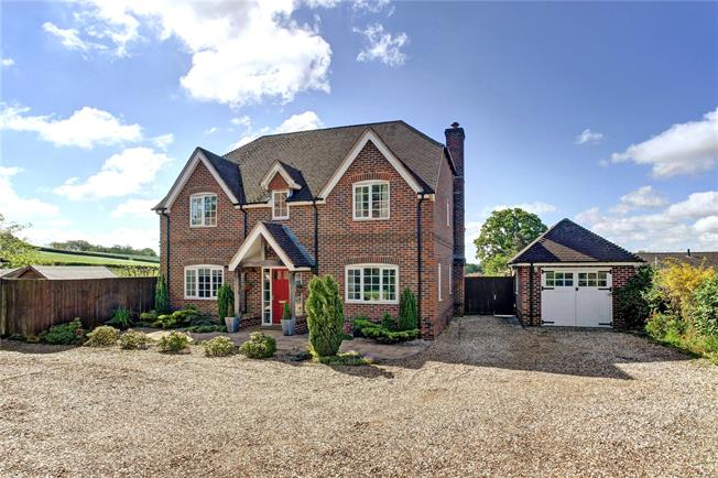 Guide Price £759,000, 4 Bedroom Detached House For Sale in Cold Ash, RG18