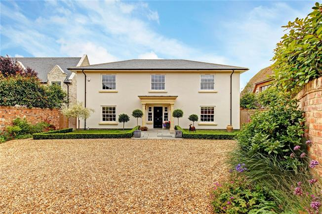 Guide Price £1,475,000, 5 Bedroom Detached House For Sale in Wantage, Oxfordshire, OX12