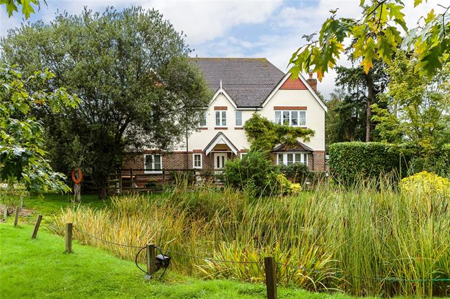 Guide Price £995,000, 5 Bedroom Detached House For Sale in Curridge, RG18