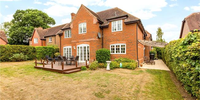 Guide Price £849,995, 5 Bedroom Detached House For Sale in Ecchinswell, RG20
