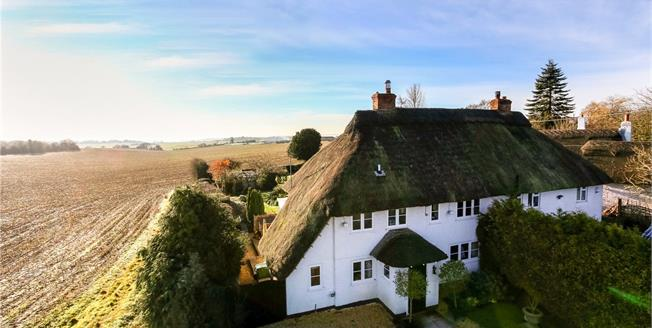 Guide Price £650,000, 3 Bedroom Semi Detached House For Sale in Leckhampstead, RG20