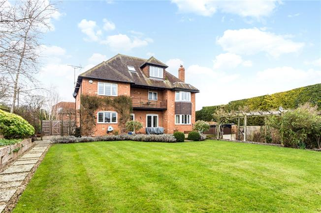 Offers in excess of £900,000, 6 Bedroom Detached House For Sale in East Ilsley, RG20