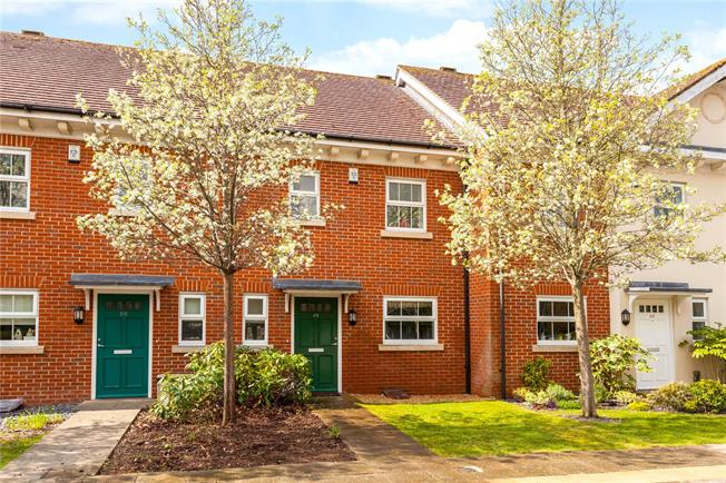 Asking Price £350,000, 3 Bedroom Terraced House For Sale in Berkshire, RG14