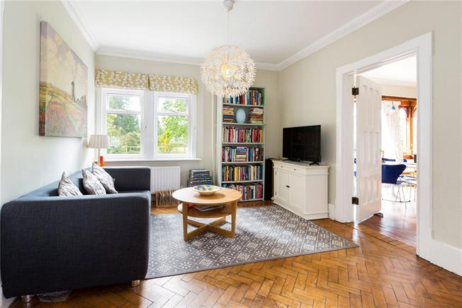 Guide Price £595,000, 4 Bedroom Semi Detached House For Sale in Reading, Berkshire, RG7