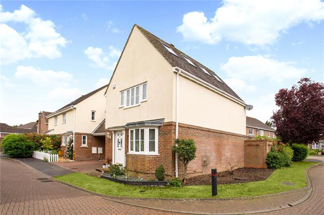 Offers in excess of £375,000, 4 Bedroom House For Sale in Newbury, Hampshire, RG20