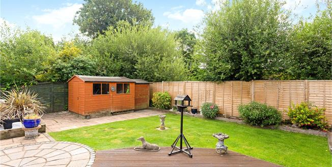 Offers in excess of £525,000, 4 Bedroom Bungalow For Sale in Newbury, RG14