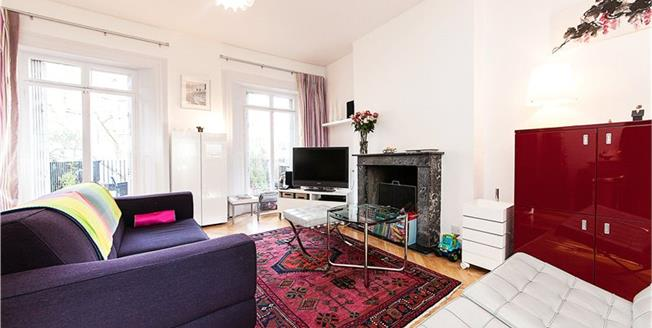 Asking Price £1,899,999, 3 Bedroom Flat For Sale in London, W11
