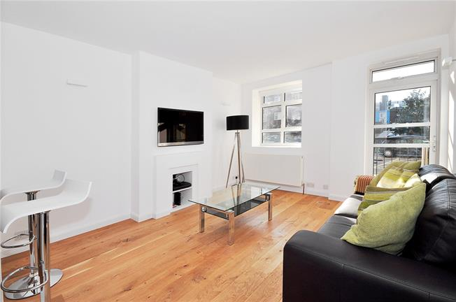Asking Price £595,000, 1 Bedroom Flat For Sale in London, W11