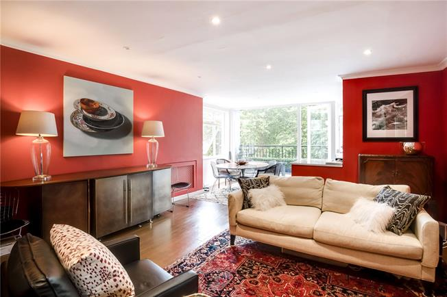 Asking Price £1,175,000, 2 Bedroom Flat For Sale in London, W11