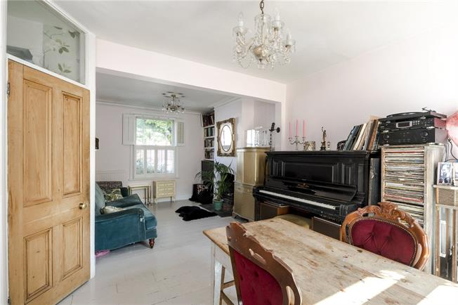 Asking Price £875,000, 2 Bedroom Terraced House For Sale in London, W10