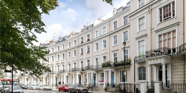 Asking Price £2,250,000, 5 Bedroom Terraced House For Sale in London, W11