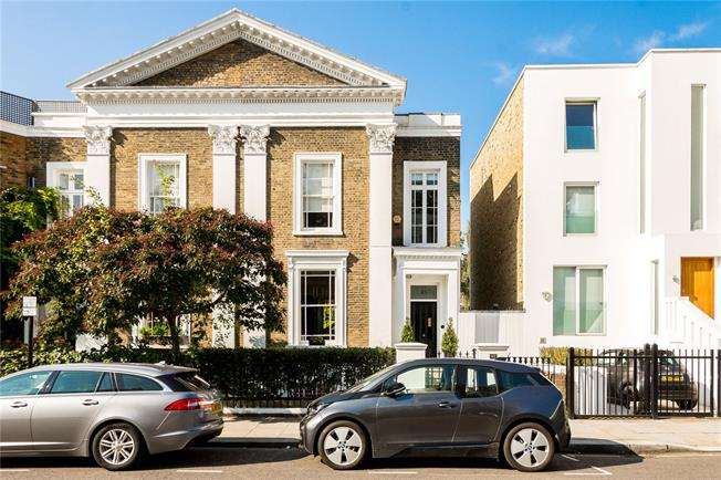 Asking Price £8,250,000, 5 Bedroom Semi Detached House For Sale in London, W11