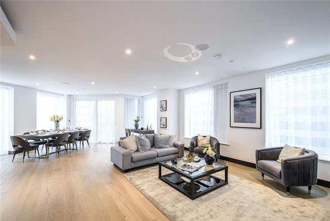 Asking Price £1,499,950, 3 Bedroom Flat For Sale in London, W6