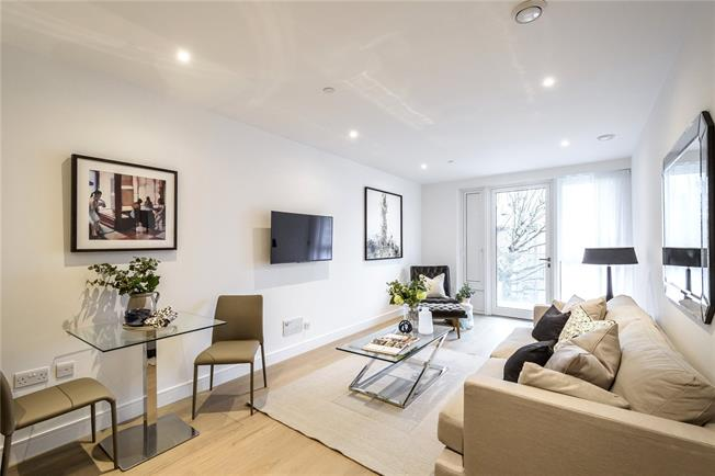 Asking Price £899,950, 2 Bedroom Flat For Sale in London, W6