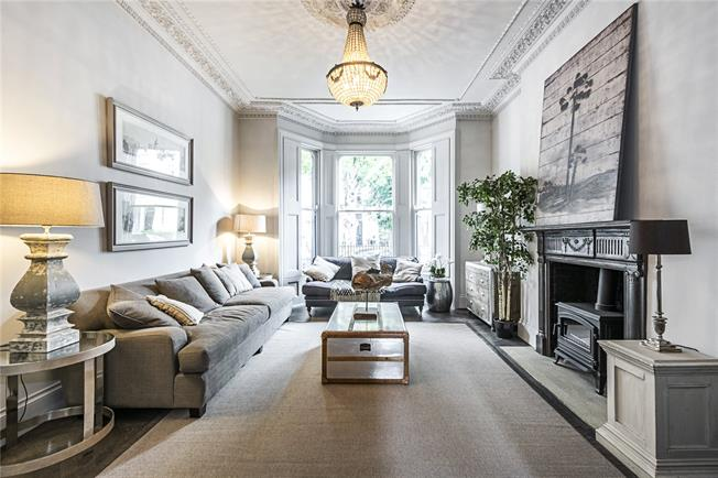 Asking Price £5,995,000, 5 Bedroom House For Sale in London, W11