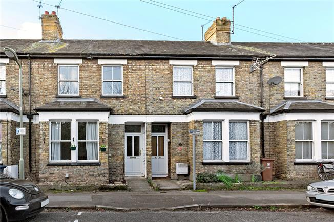 Guide Price £460,000, 2 Bedroom Terraced House For Sale in Oxfordshire, OX2