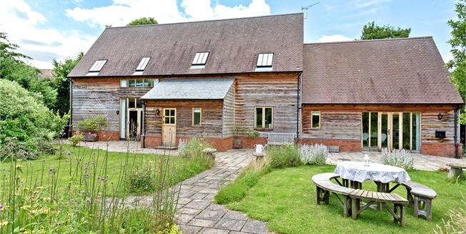 Guide Price £1,250,000, 4 Bedroom House For Sale in Faringdon, Oxfordshire, SN7