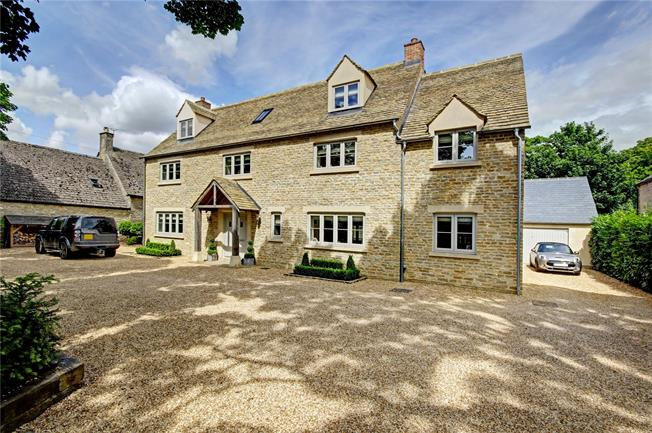Guide Price £1,200,000, 6 Bedroom Detached House For Sale in Witney, Oxfordshire, OX29