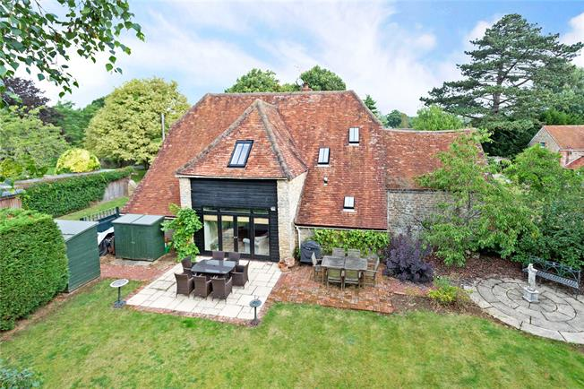 Guide Price £995,000, 3 Bedroom Detached House For Sale in Frilford Heath, OX13