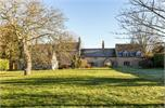 House for sale in OX18 with Hamptons