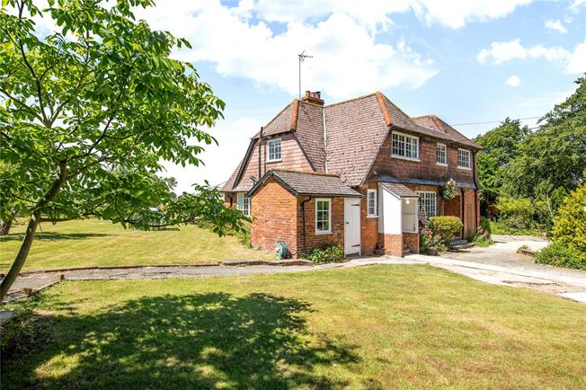 Guide Price £550,000, 3 Bedroom Detached House For Sale in Didcot, OX11
