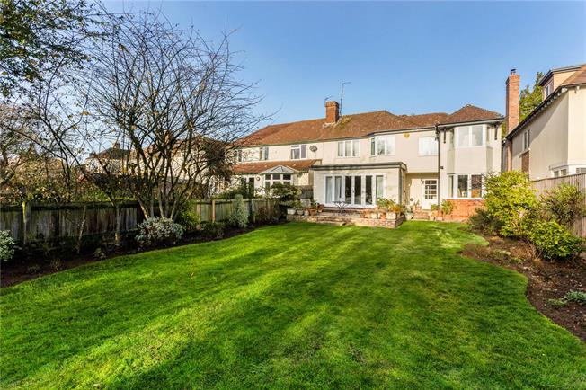 Offers in excess of £1,295,000, 4 Bedroom Semi Detached House For Sale in Oxford, OX2