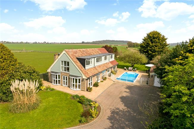 Offers in excess of £1,000,000, 5 Bedroom Detached House For Sale in Cumnor, OX2