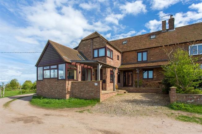 Asking Price £900,000, 4 Bedroom House For Sale in Brill, HP18