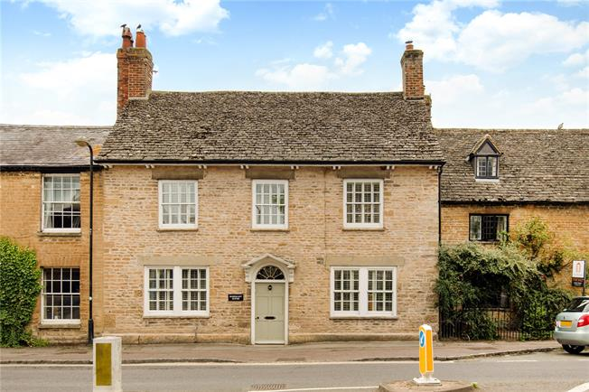 Offers in excess of £700,000, 4 Bedroom Terraced House For Sale in Oxfordshire, OX18