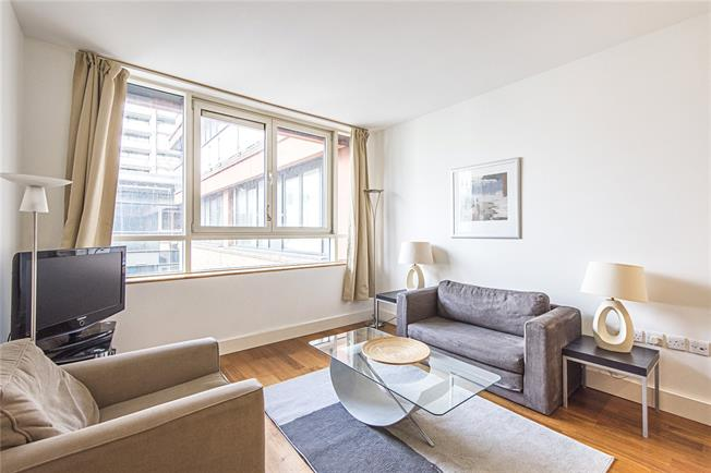 Asking Price £620,000, 1 Bedroom Flat For Sale in London, W2