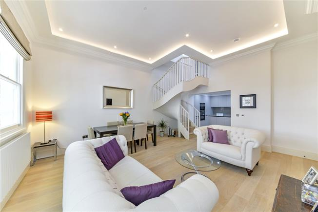 Asking Price £2,000,000, 2 Bedroom Flat For Sale in London, W2
