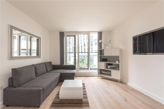 Asking Price £725,000, 1 Bedroom Flat For Sale in London, W2