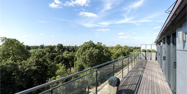 Asking Price £3,750,000, 3 Bedroom Flat For Sale in London, W2