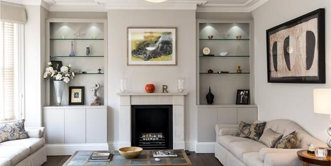 Asking Price £2,750,000, 3 Bedroom Flat For Sale in London, W1H