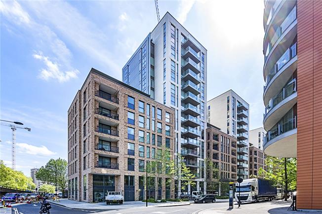 Asking Price £2,750,000, 3 Bedroom Flat For Sale in London, W2