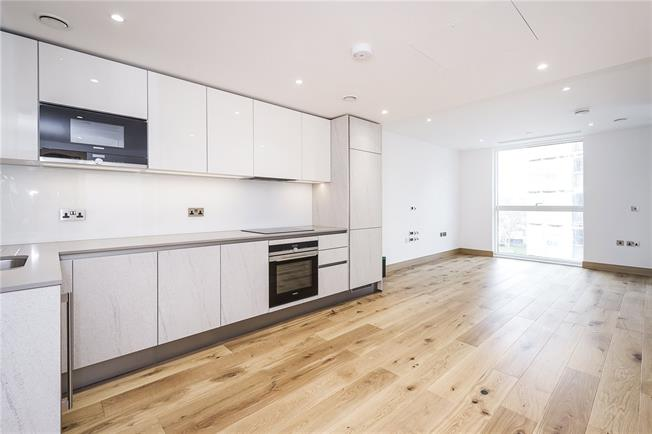 Asking Price £990,000, 1 Bedroom Flat For Sale in London, W2